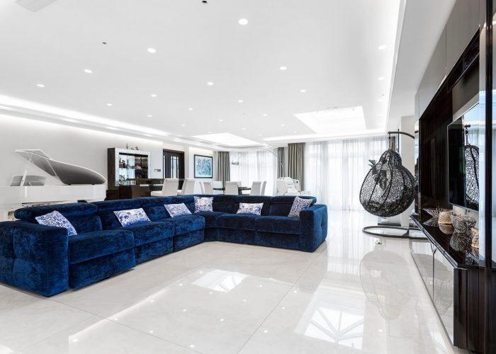 deccori elegant blue sofa lounge